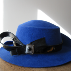 confection sur mesure - chapeau