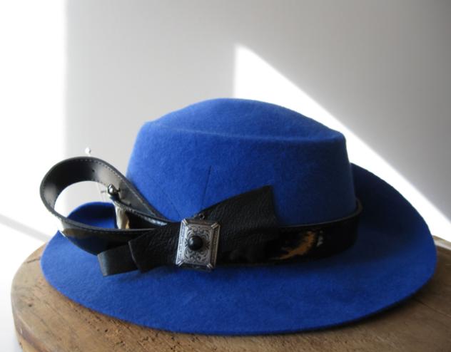 confection sur mesure - chapeau